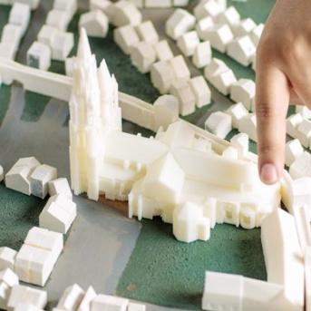 Modélisation multi-échelle des systèmes urbains